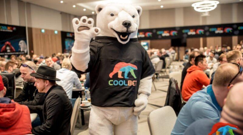 Blågula cashar i Coolbet Opens sidoevent